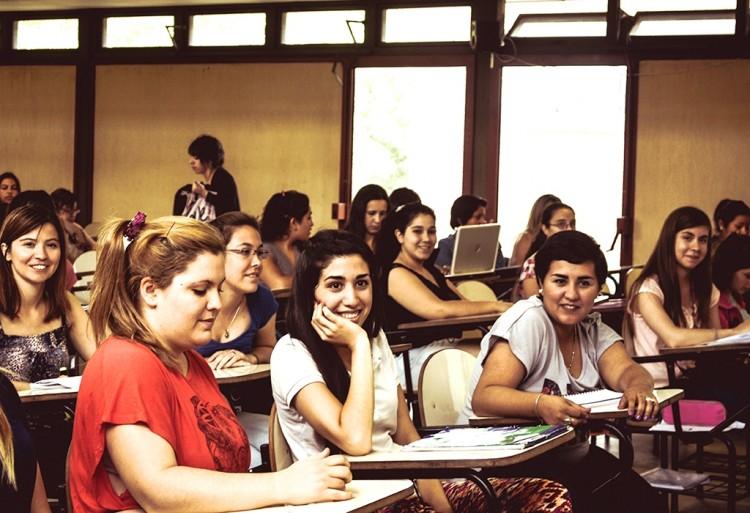 Otorgarán Beca Pre-profesional a estudiante avanzado