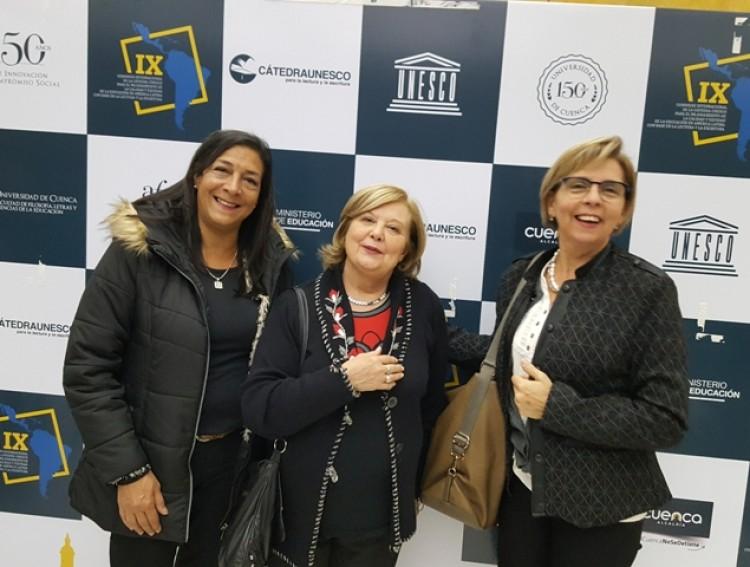 Participación de profesoras de la Facultad en Congreso de Lectura y Escritura en Ecuador