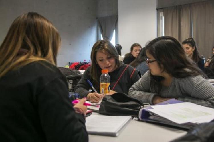 """Convocan a estudiante avanzado para Beca Pre-Profesional en el Jardín """"Semillitas"""""""