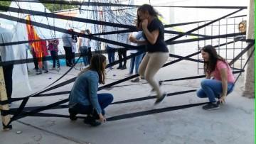 Proyecto de Extensión desarrolla instalaciones artísticas en escuela de Guaymallén