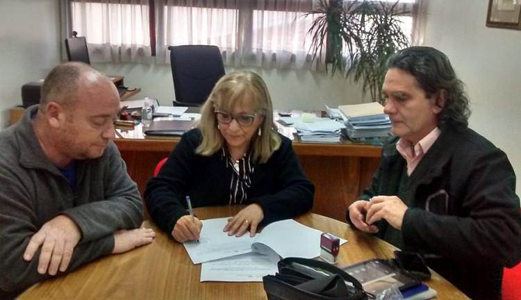 Firmaron acuerdo de colaboración entre la Facultad y el IES 9-028 de Santa Rosa