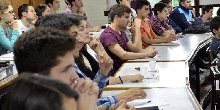Abre convocatoria para proponer docentes franceses invitados