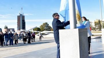 El Día de la Bandera se celebró en la UNCUYO