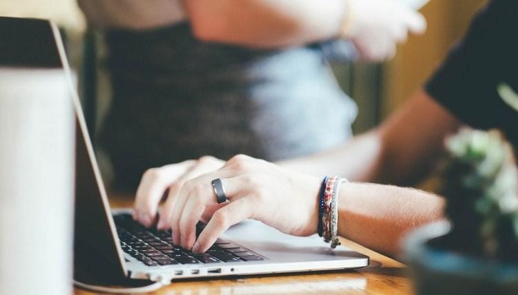 Cómo elaborar un anteproyecto de tesis doctoral es tema de un curso
