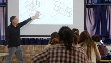 Ofrecen a docentes más de 35 destinos para formarse en el exterior