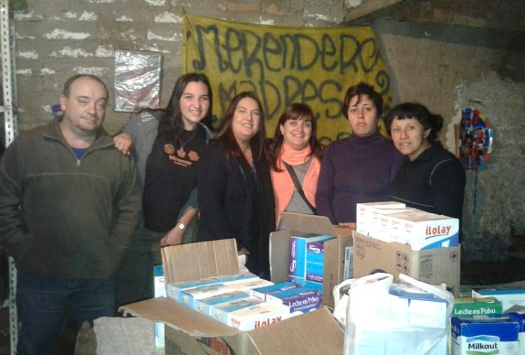Un merendero y un CEBJA recibieron donaciones gestionadas por el Consejo de Egresados de la Facultad