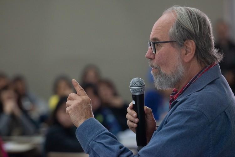 Carlos Rodrigues Brandão invitó a pensar la educación a través de la desnaturalización