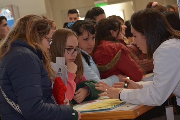 Becarán a estudiantes informadores para Expo 2019 y Facultad Abierta