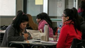 Convocan a estudiantes y egresados para revisión y seguimiento de los planes de estudio