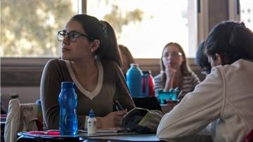 Becarán a egresado de Educación Inicial para realizar tutoría