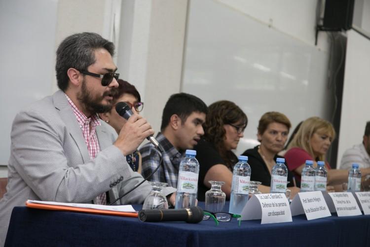 Analizaron la situación de las personas con discapacidad en los medios de comunicación en un debate