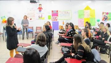 Homenajearon a docentes y estudiantes de Nivel Inicial en su día