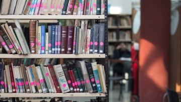 Convocatoria para que estudiantes realicen tareas en la Biblioteca de la Facultad