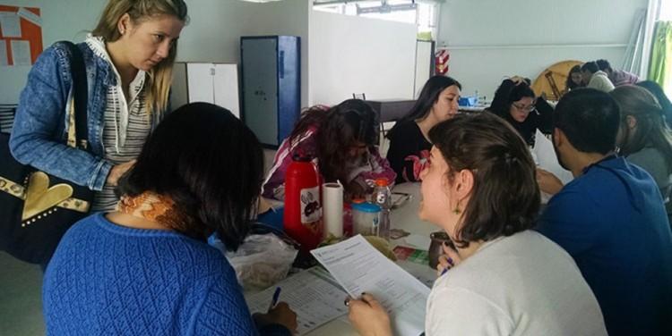 Estudiantes podrán ayudar con la inscripción a becas