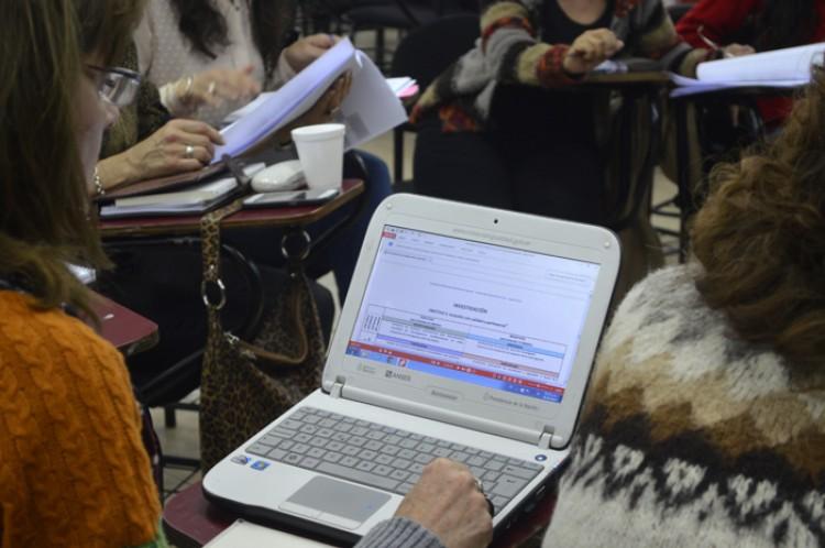 Egresados de Informática podrán cumplir funciones en la Facultad