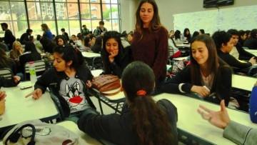 Ayudarán a estudiantes avanzados en la mejora del egreso