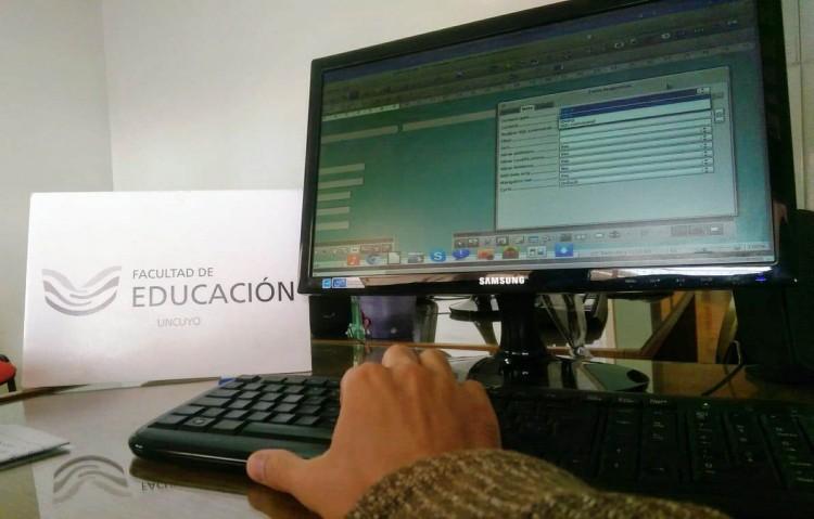 Ofrecen curso sobre uso de Bases de Datos