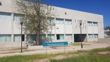 Actividad normal en las dos sedes de la Facultad