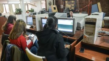 Usos de los laboratorios de informática: habilitan nuevos horarios y modalidades