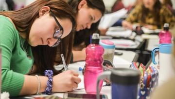 Abren tutorías de Didáctica de la Matemática e Historia y Geografía Argentina y Latinoamericana