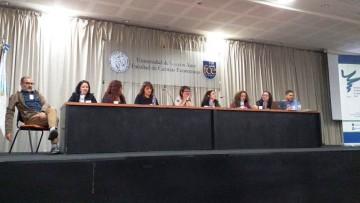 Debatieron sobre traducción e interpretación en Lenguas de Señas