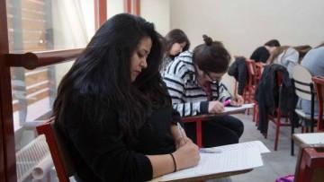 Trasladan mesas de exámenes para favorecer la participación en la marcha del 8 de marzo