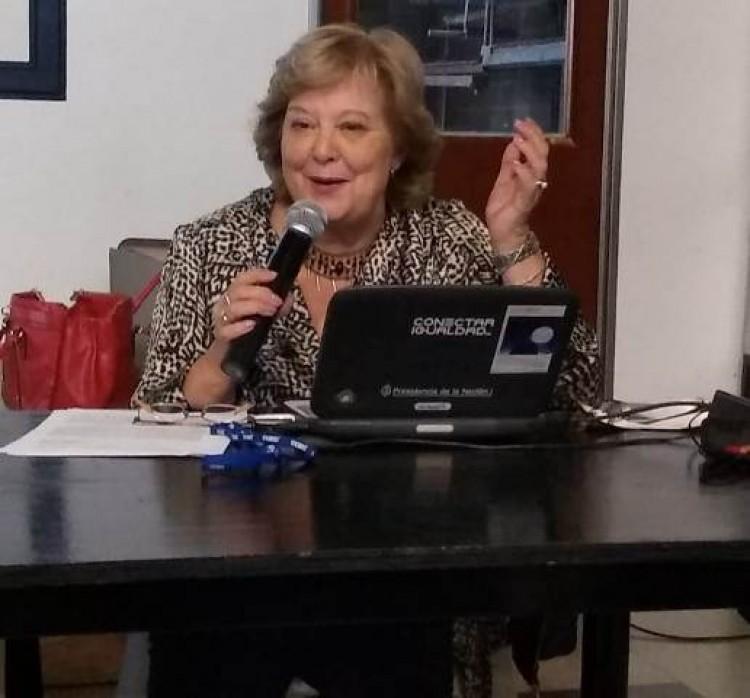 Profesora Susana Ortega de Hocevar